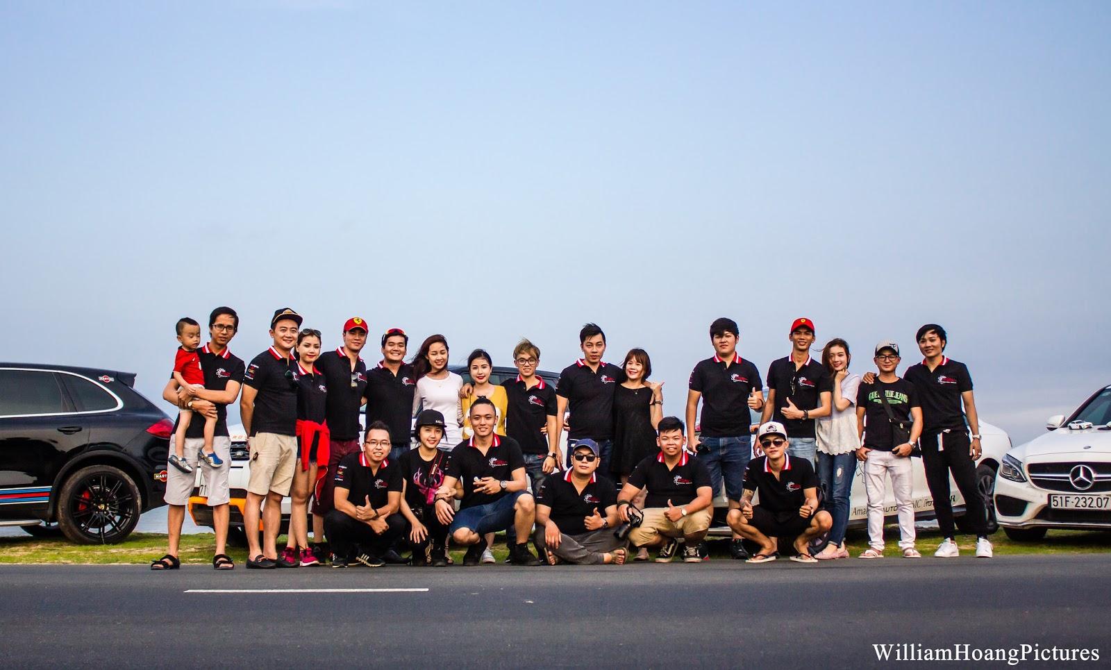Thành viên CLB mô hình tĩnh Việt Nam chụp ảnh kỷ niệm