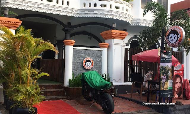 Mad Monkey Phnom Penh, Cambodia