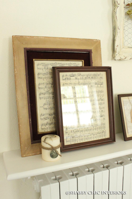 Cornici per un angolo perfetto shabby chic interiors for Cornici per quadri shabby chic