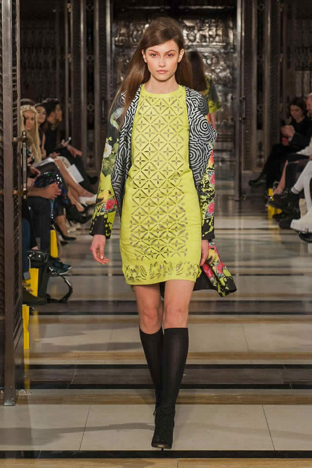 Warda Saleem Collection at London Fashion Week 2016