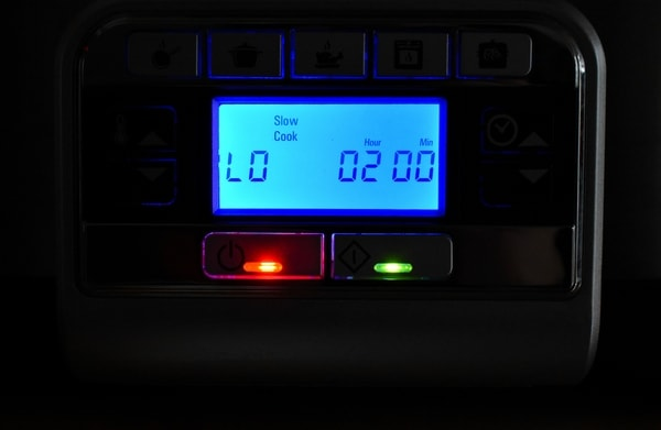 Crock-pot slow cooker digital display panel