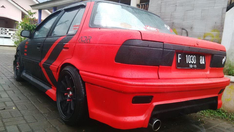 Mitsubishi Lancer Tahun 91 Full Body Kit Merah Hitam Dove