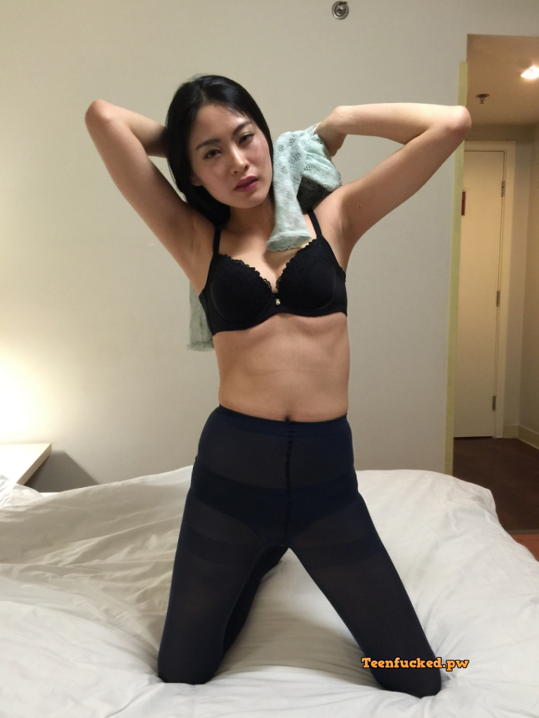 LAhO8Y9r1Zg wm - Beautiful asian girl with nude photos before sex 2020