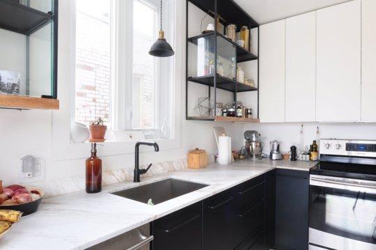 antes-y-despues-una-cocina-de-ikea-blanco-y-negro