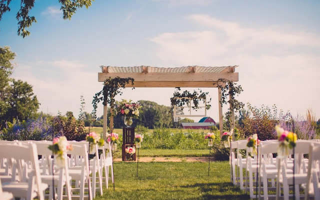 Barn Wedding Venues Illinois