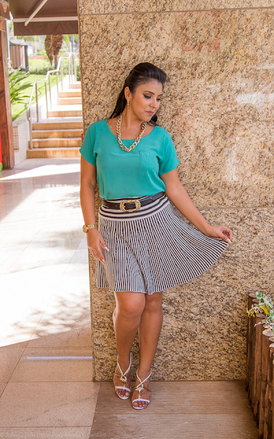 Look do dia: verde + listras preto & branco