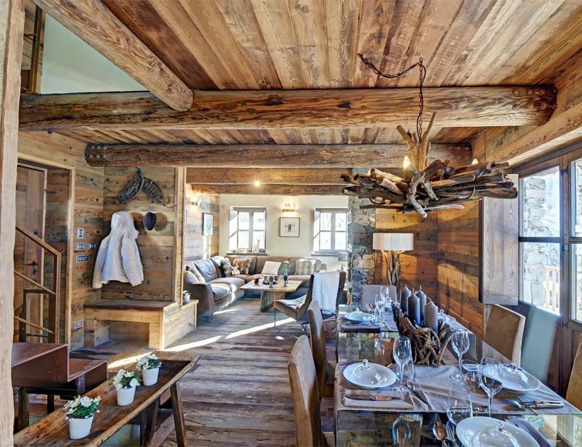 Zachwycająca drewniana chatka w Alpach, wystrój wnętrz, wnętrza, urządzanie domu, dekoracje wnętrz, aranżacja wnętrz, inspiracje wnętrz,interior design , dom i wnętrze, aranżacja mieszkania, modne wnętrza, styl rustykalny, styl klsyczny, drewniany dom, dom w górach, górska chata,