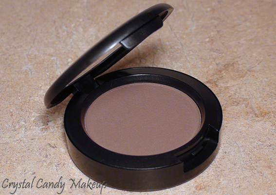 Blush Taupe Shape de MAC (Collection Strength)