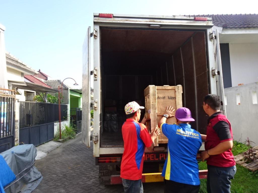 Pengiriman Mesin Mixer Adonan Baglog Abon Sapi