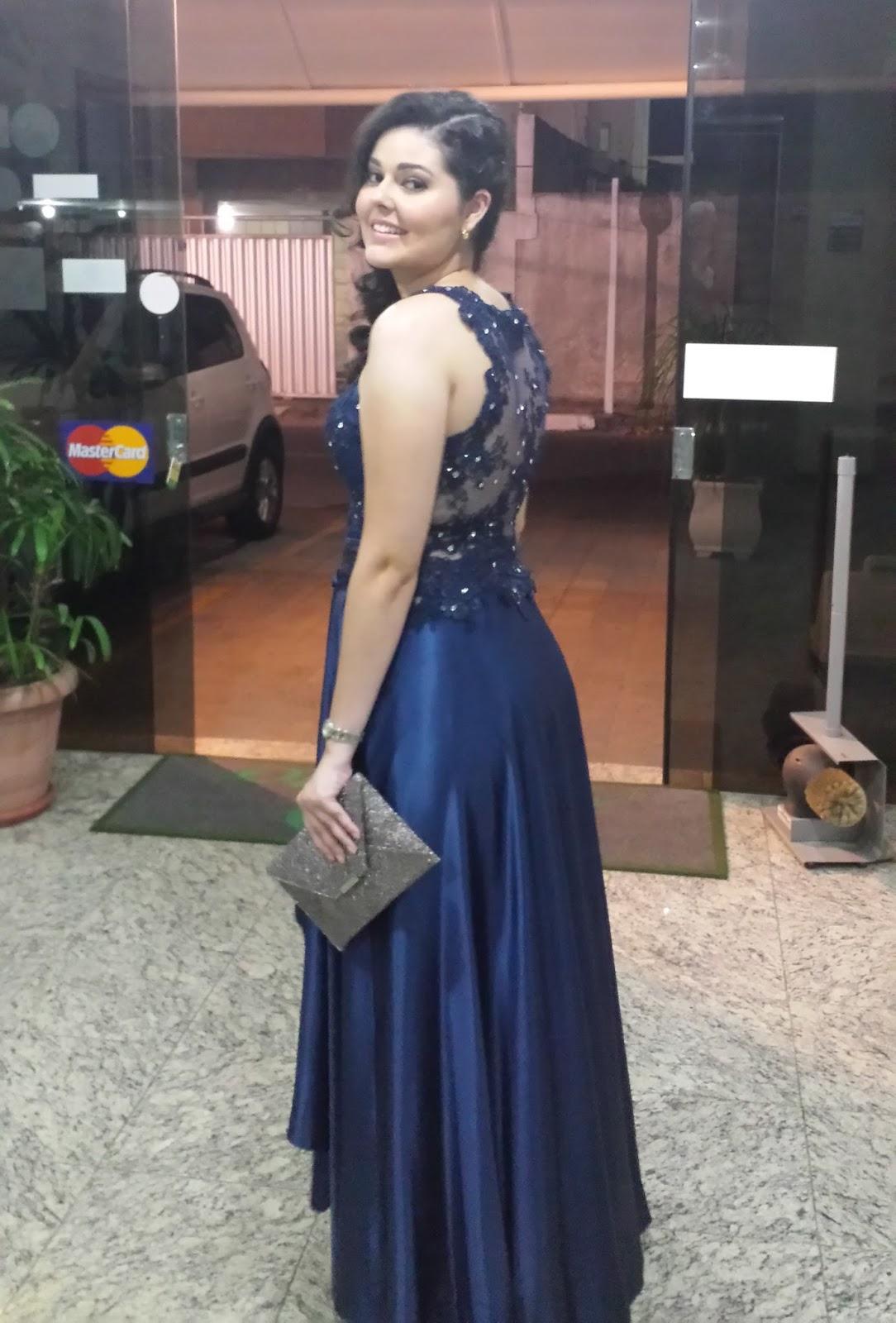 Vestido azul marinho para casamento de dia
