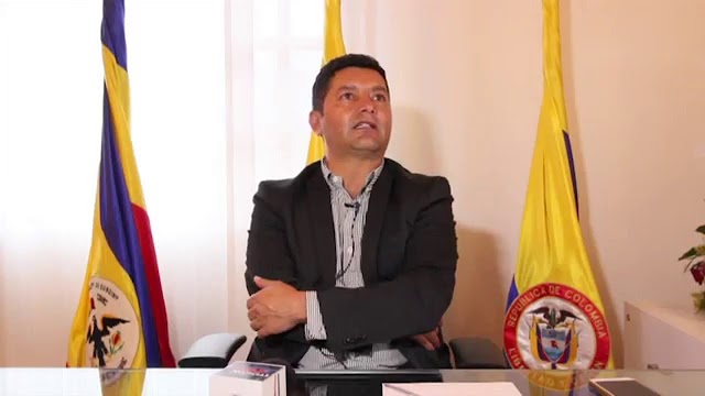 Por presuntas irregularidades en mantenimiento de vehículos, capturado alcalde de Tocancipá
