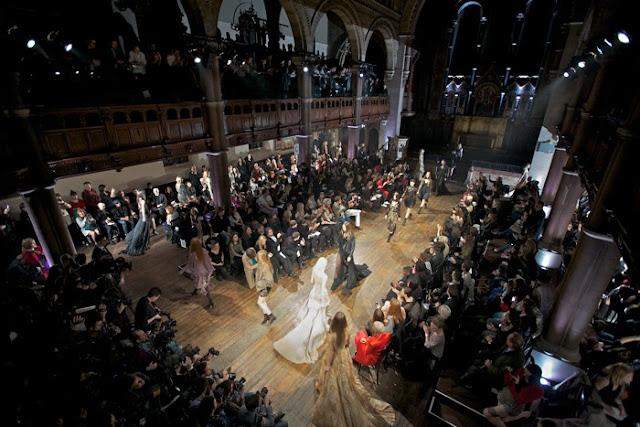 pokaz mody w londynie