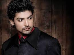 Gurmeet Choudhary, Biography, Profile, Age, Biodata, Family , Wife, Son, Daughter, Father, Mother, Children, Marriage Photos.