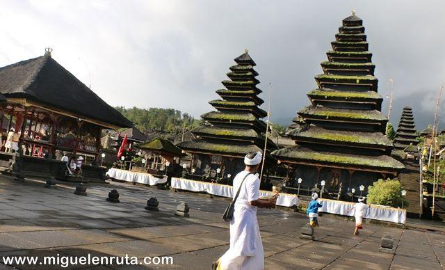 Templo-Madre-Bali-Indonesia