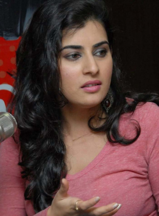 Archana at red fm