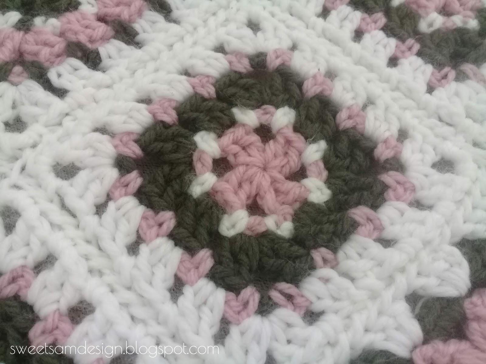ORIGINAL Carré de Mamie au Crochet (explications et grille gratuites)