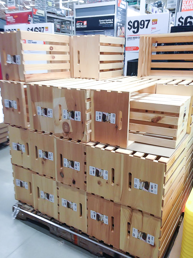 Crates and pallets large crates