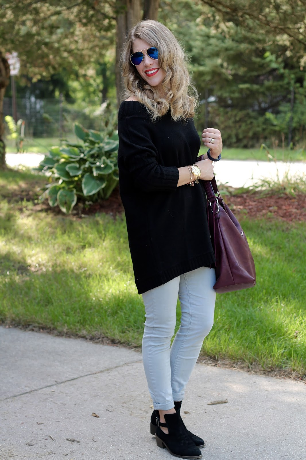 black Tobi off the shoulder sweater, grey jeans, black booties, burgundy bag, fall look with grey jeans