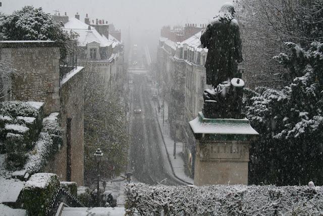 Denis Papin contemple la neige tombant sur la ville (fin novembre 2010)