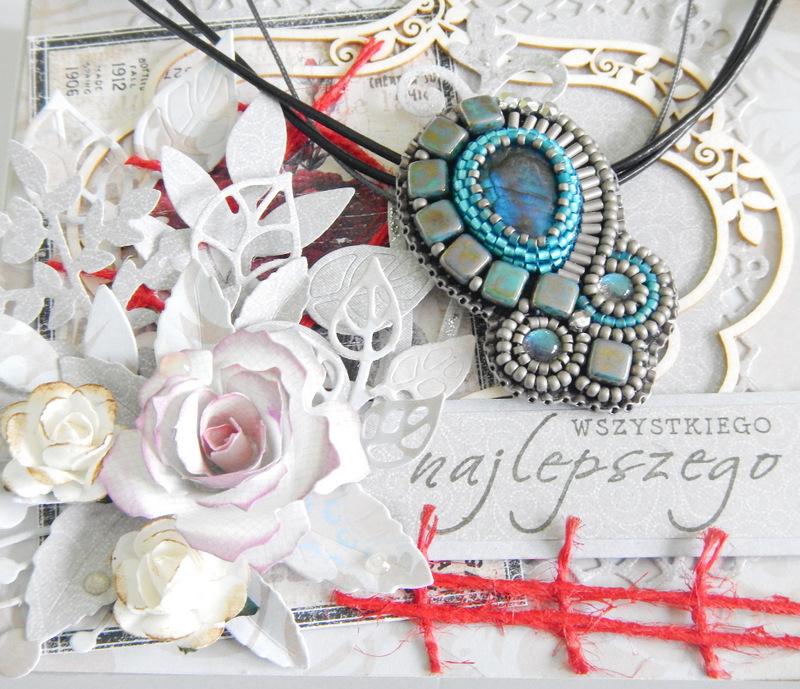 Naszyjnik z labradorytem - haft koralikowy i pudełko