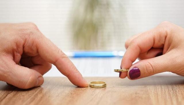 Tem Na Web - Mulher é chamada de ?estúpida? e pede divórcio três minutos após o casamento