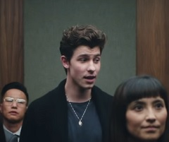 Shawn Mendes lança clipe de Lost In Japan