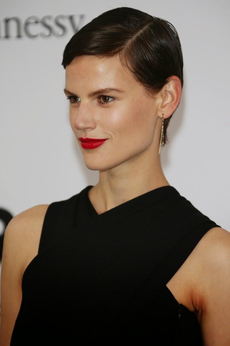 mooie vrouwen met kort haar