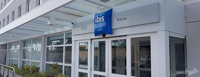 Fachada do Ibis Budget Aracaju, Sergipe