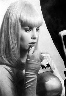Dorothy Stratten durante el rodaje de Galaxina