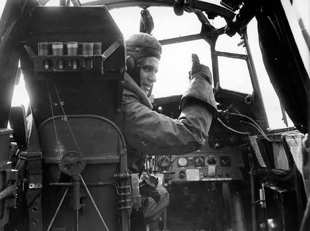 29 August 1940 worldwartwo.filminspector.com Whitley bomber pilot