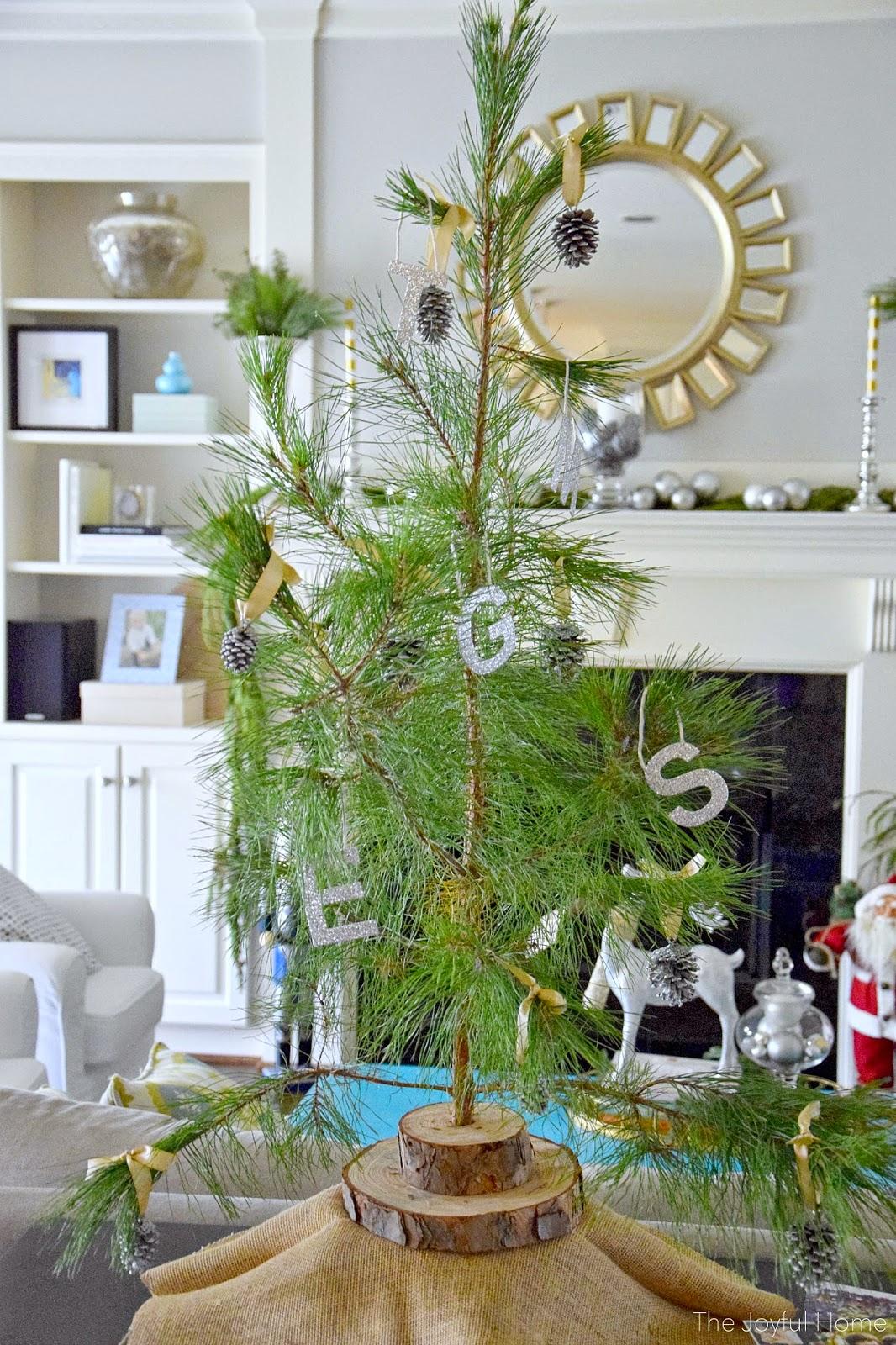 The Joyful Home Christmas Home Tour 2014 - The Joyful Home