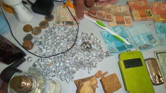 drogs+buriti+004 Polícia Militar prende seis em ponto de drogas no interior do Piauí