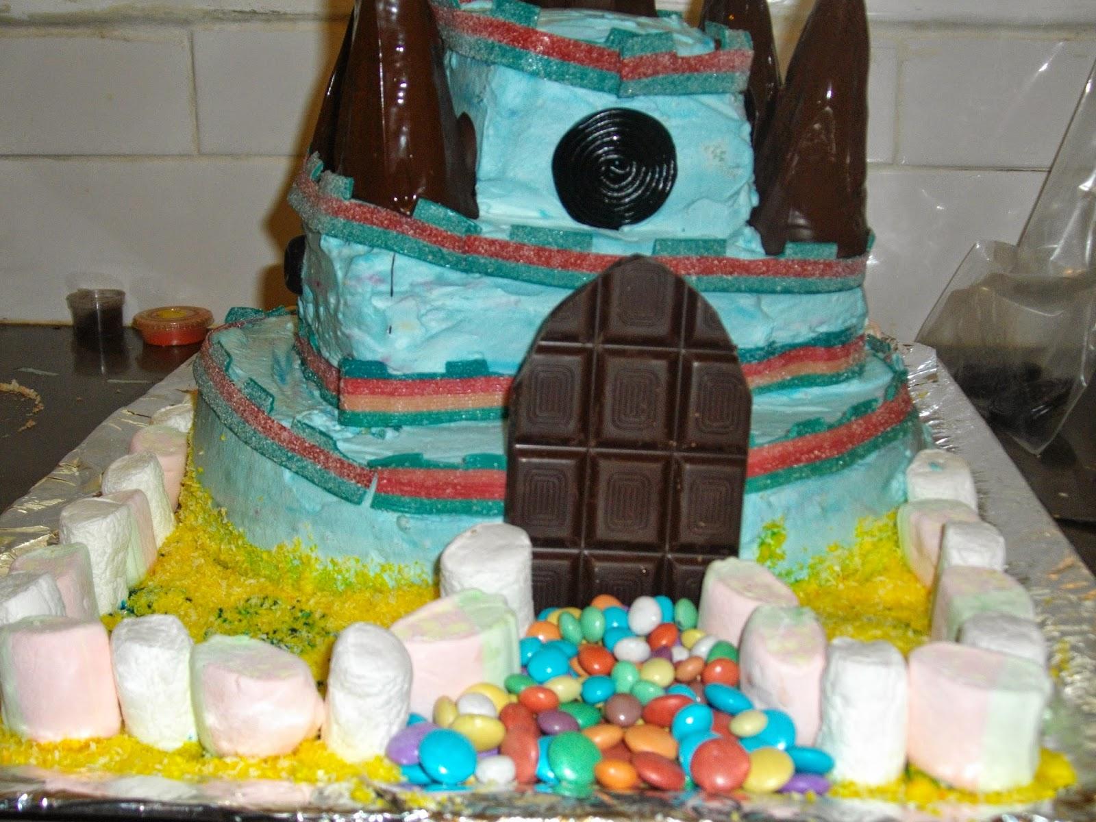 IMGP2884 - עוגת יומולדת בצורת ארמון