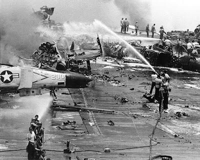 Die grösste Katastrophe auf einem US-Kriegsschiff seit WK2