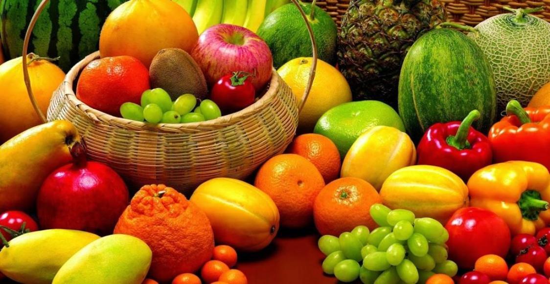 24 Makanan Untuk Memutihkan Kulit Secara Permanen