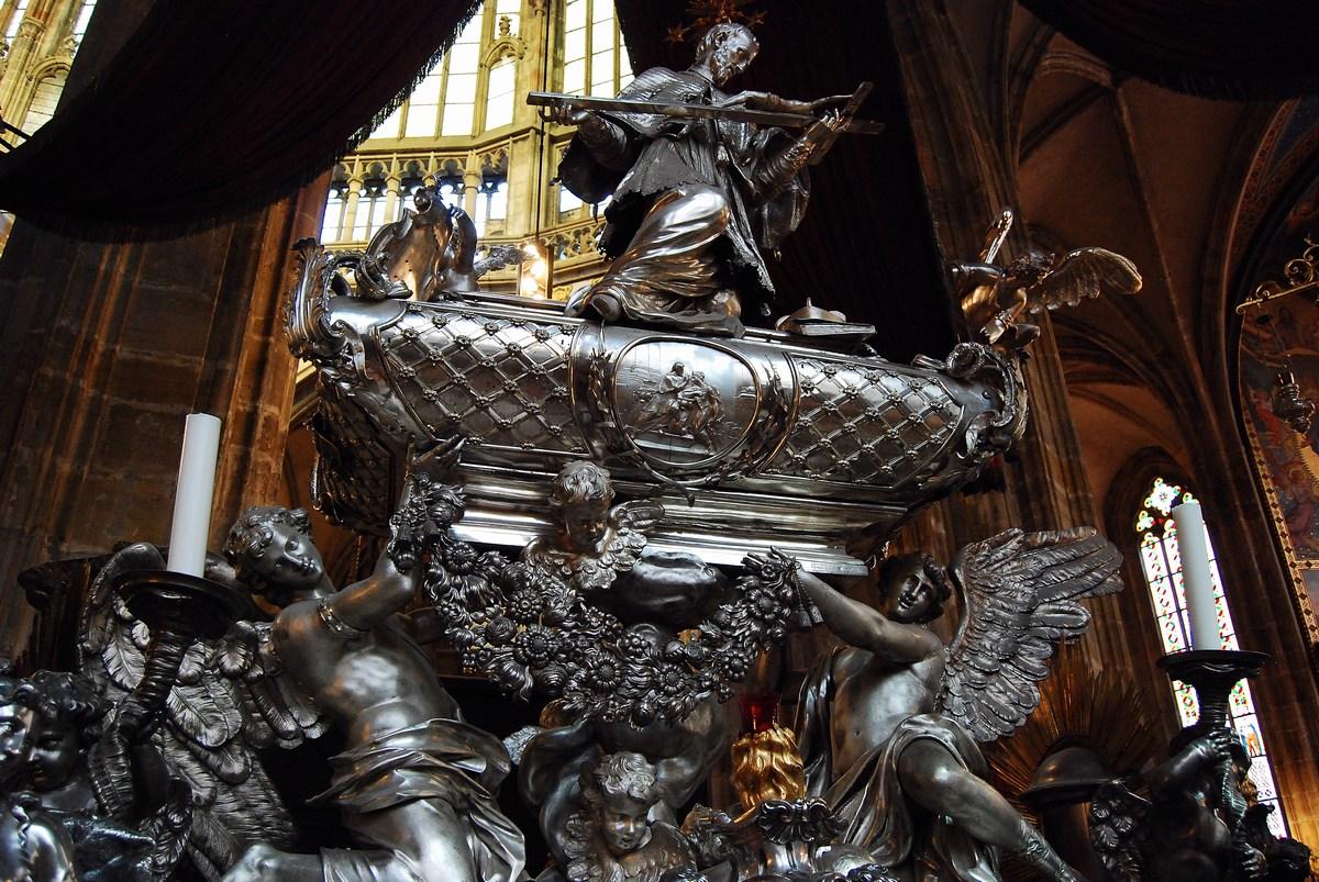 tombeau de saint Jean Népomucène