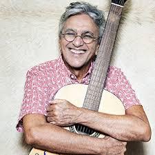 Caetano Veloso canta abertura de Velho Chico