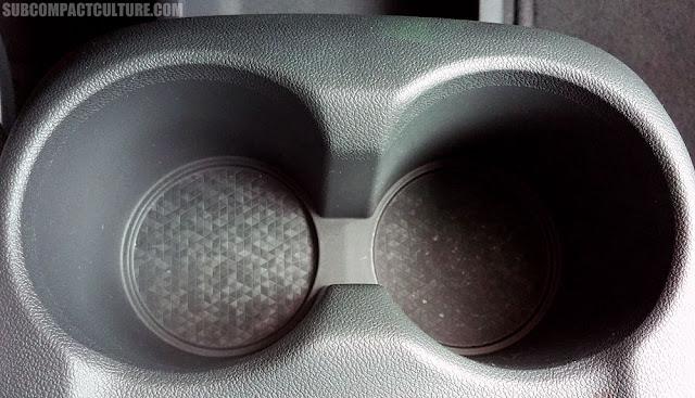 2017 Chevrolet Bolt LT cupholders- Subcompact Culture