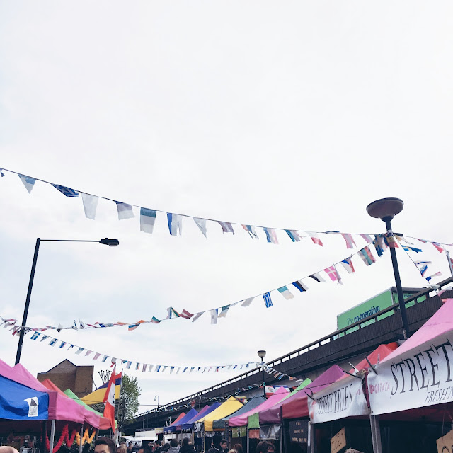 notting hill, grinsestern, travel, reiselust, wanderlust, colourful, london, portobello road, urlaub, city trip, portobello road market