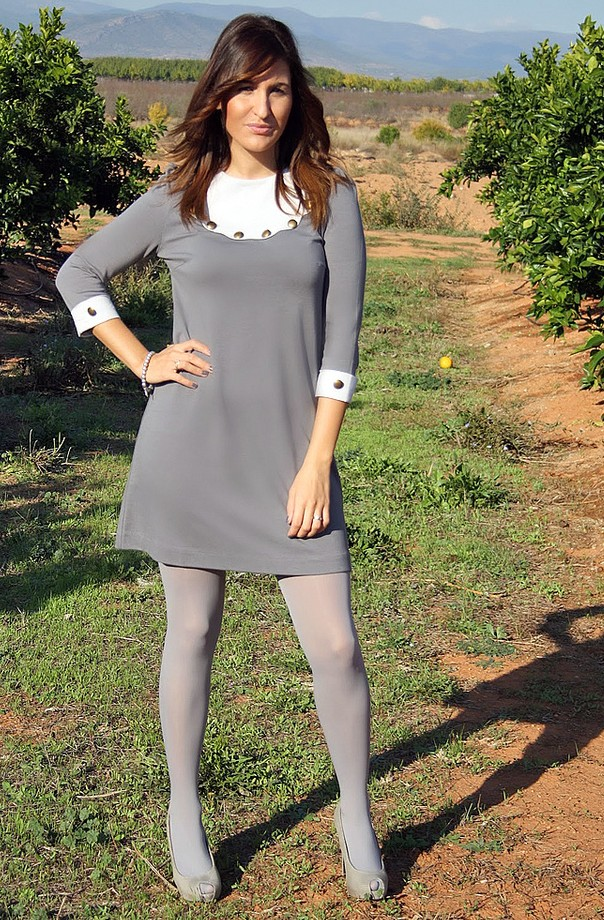Flower patterned tights