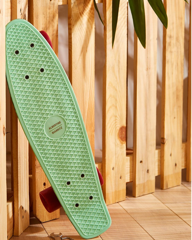 skateboard albertine x monopris monshowroom