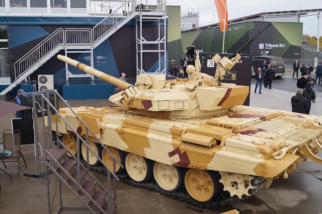 روسيا تطور نظام الحماية النشطة Arena-M للعمل علي كلا من T-72 و T-90 DSC02560