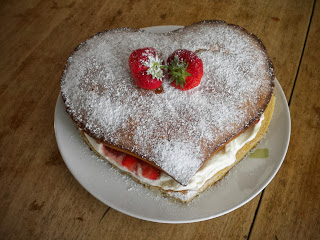 How To Make Lancashire Courting Cake