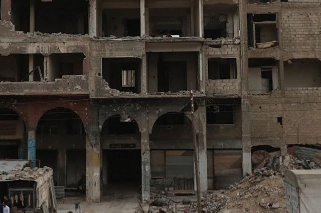 Συρία: Πολύνεκρες επιθέσεις βομβιστών-καμικάζι του ΙΚ