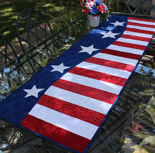Patriotic-Wave-Table-Runner