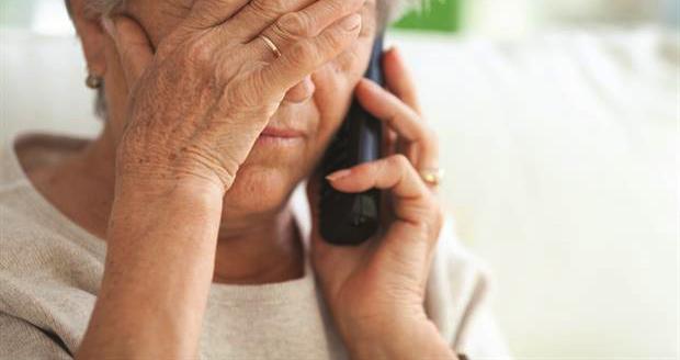 Πάτρα: 41.600 ευρώ στοίχισε σε 66χρονη το τηλεφώνημα για δήθεν τροχαίο της κόρης της