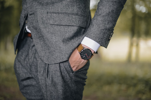 10 mistakes a man makes when choosing a work style