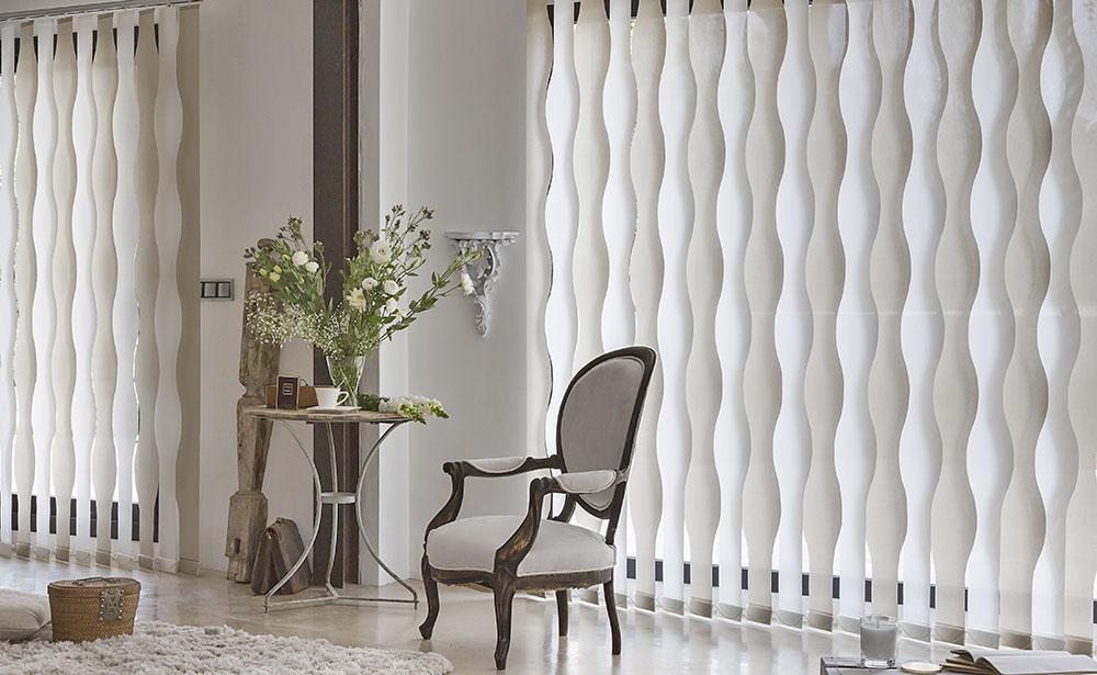 Innovadoras cortinas verticales con formas | El Telar de Pastrana