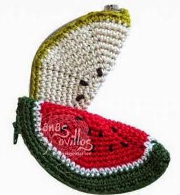 http://lanasyovillos.com/amigurumi/monedero_frutas