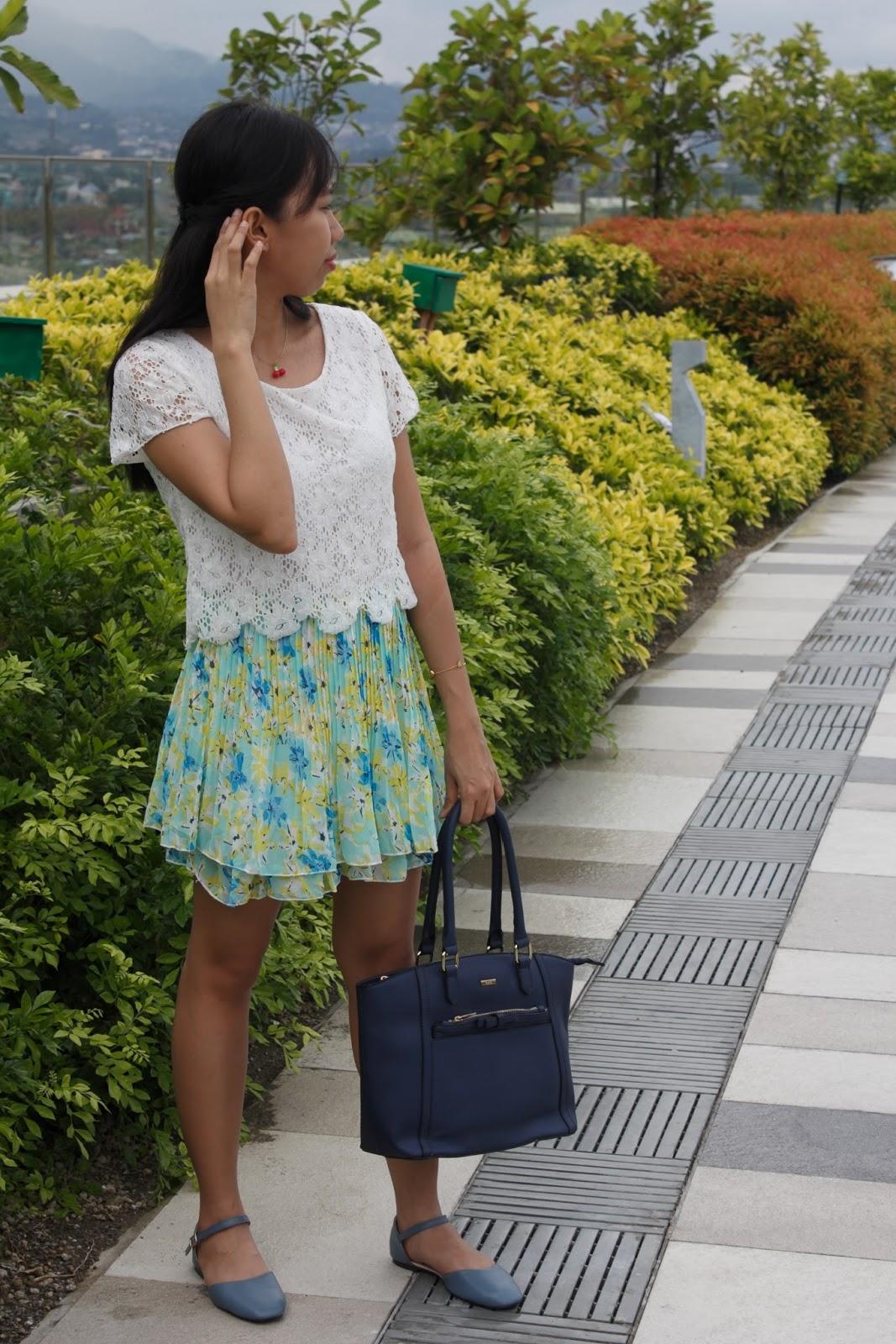 styling a cute dress